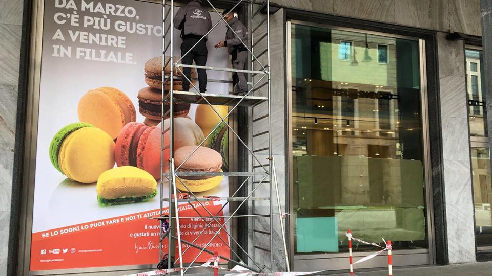 Milano la boutique di pasticceria Iginio Massari - banca