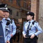 Milano. Pattugliamenti congiunti tra i poliziotti cinesi e i Carabinieri