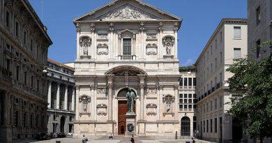 Milano Palazzo San Fedele