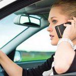 Cellulare alla guida: i falchi di Milano a caccia di tragressori