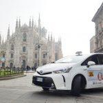 Milano taxi: vietati bermuda, canottiere, tute e ciabatte