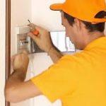 Come garantire una casa sicura agli anziani grazie al vostro fabbro di fiducia su Milano
