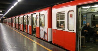 la fermata metro Cordusio - Biblioteca Ambrosiana