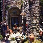 Il presepe di Città di Castello nel cortile di Palazzo Marino