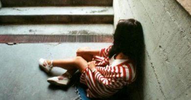 stuprata in un locale