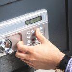 Stanco di cercare la chiave giusta? Scegli una serratura elettronica e aumenti la sicurezza della tua casa