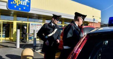 Rapinato portavalori davanti Eurospin a Cologno Monzese