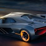 Lamborghini fuori controllo a Cinisello Balsamo: 5 feriti