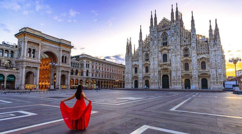 Milano piazza Duomo