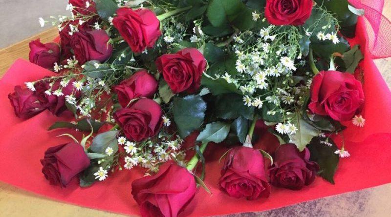 mazzi di rose rosse