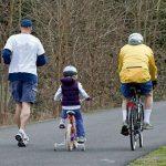 I milanesi devono andare a piedi e in bicicletta