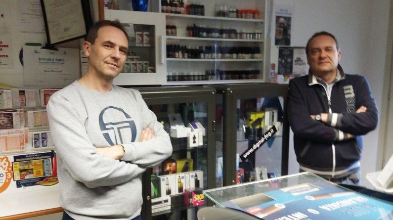 negozio di sigarette elettroniche