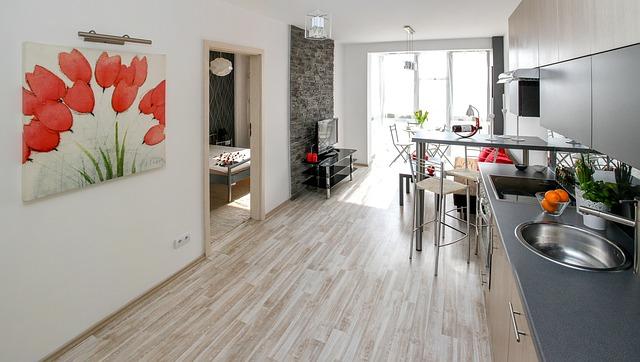 Risparmiare denaro per decorare la tua prima casa