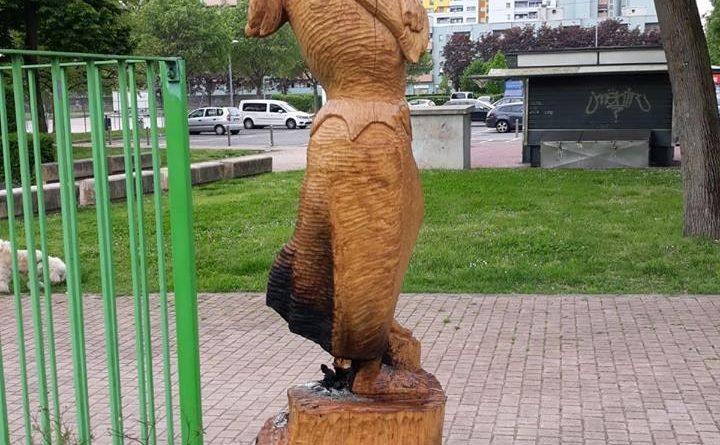 Statua dedicata a Giulia Lombardi