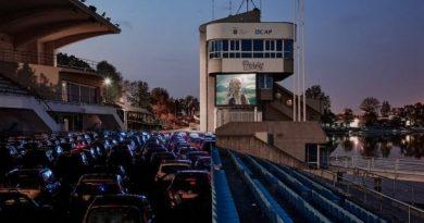Cinema drive-in a Milano