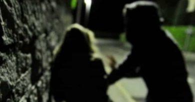 Fabbro di Pregnana Milanese picchia una fioraia