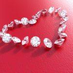 Sempre più milanesi regalano diamanti per battesimo
