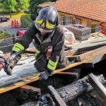 Incendio sul tetto di una palazzina del San Raffaele