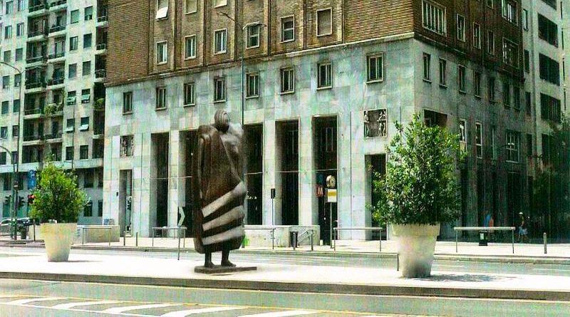 La statua di Rachele Bianchi dedicata a Milano