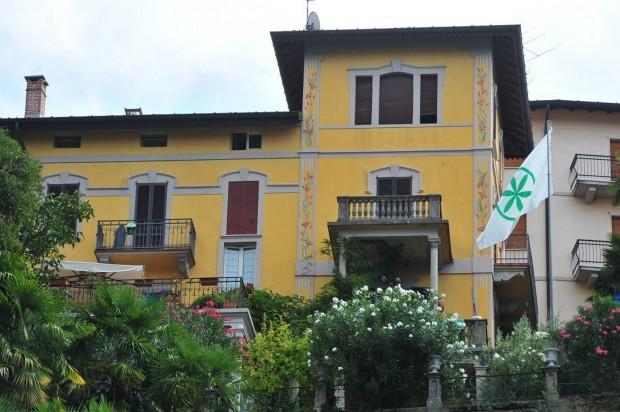 In vendita la villa di Bossi