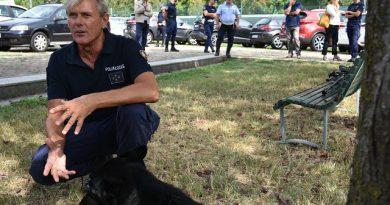 Quattro nuovi cani per l'unità cinofila dei ghisa