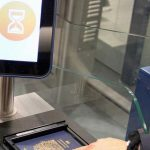 e-gates riservati ai passeggeri UE con passaporto elettronico