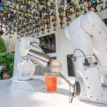 Il bar robotico di Milano con vista Duomo