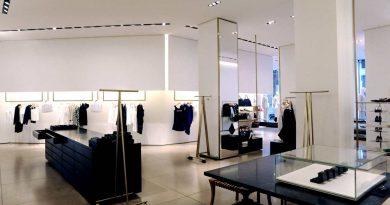 negozi da vedere a Milano lo showroom di Jil Sander progettato dal Light Designer di Milano Marco Petrucci ph Piero Castiglioni