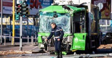 Milano scontro bus mezzo Amsa morta Shirley Calangi