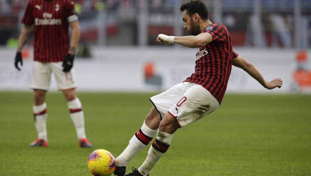 Il Milan frena con il Verona