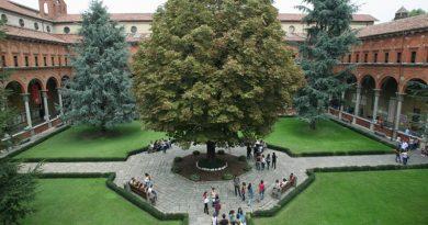 Chiostro Cattolica Milano