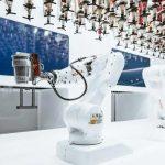 Toni conquista Milano: è il primo barman robotico d'Italia