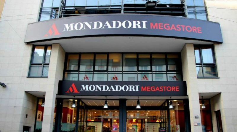 Milano mondadori bookstore via marghera