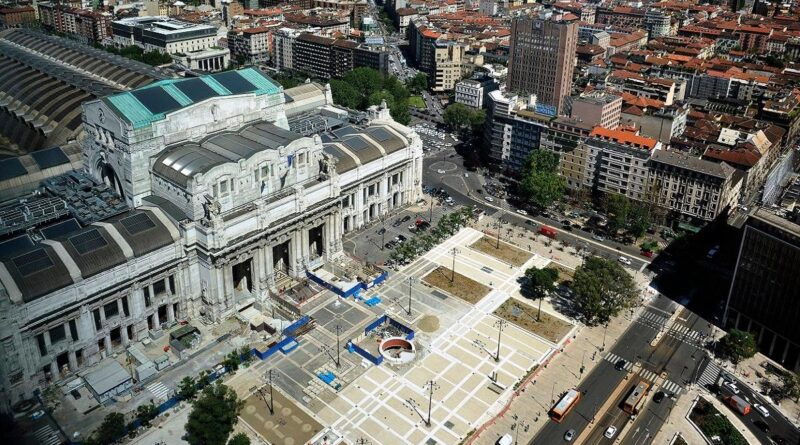 Milano piazza Luigi di Savoia
