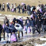 In Bosnia 900 persone al gelo, Caritas Milano invia legna
