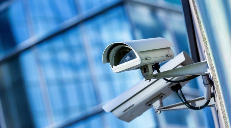 sistema controllo targhe telecamera