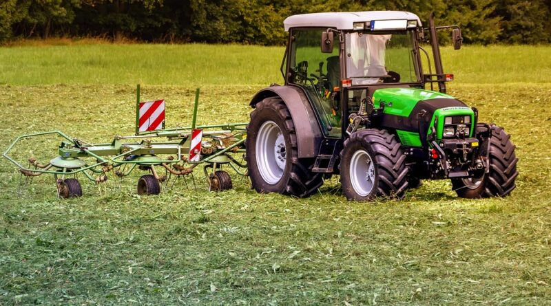 macchine agricole trattore - ph pixabay