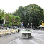 Piazzale Bacone: nuovi colori e un patto di collaborazione per la cura dell'area riqualificata